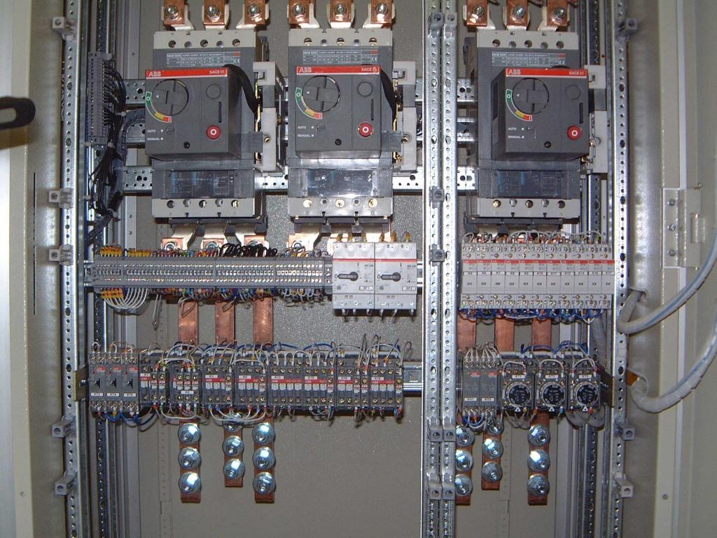 схема авр на автоматических выключателях авв